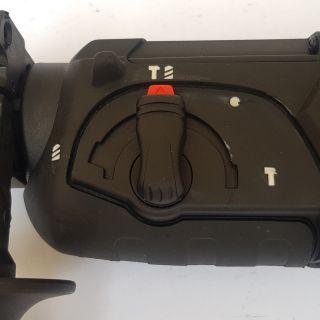 Ударно пробивен перфоратор 900W